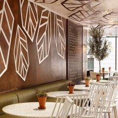 DoubleTree by Hilton Hotel London - Hyde Park гостиничный бар