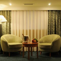 Отель Рамада Ташкент Узбекистан, Ташкент - отзывы, цены и фото номеров - забронировать отель Рамада Ташкент онлайн комната для гостей фото 4
