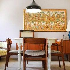 Апартаменты Vintage Style 2 Bedroom Apartment Афины развлечения
