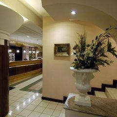 Corvin Hotel Budapest - Sissi wing интерьер отеля