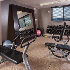 Отель Embassy Suites Bloomington Блумингтон фитнесс-зал