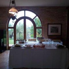 Отель B&B La Casa tra gli Ulivi Чивитанова-Марке питание фото 2