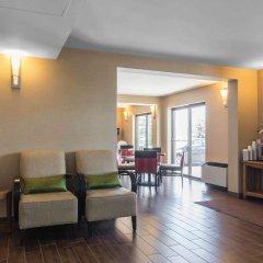 Отель Comfort Inn Dartmouth интерьер отеля