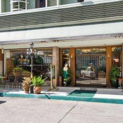 Отель Wall Street Inn Бангкок бассейн