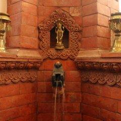 Отель Cascade Непал, Катманду - отзывы, цены и фото номеров - забронировать отель Cascade онлайн ванная