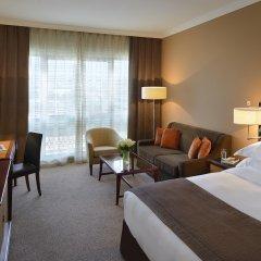Апартаменты Movenpick Apartment Bur Dubai комната для гостей