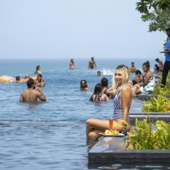 Отель Marino Beach Colombo пляж
