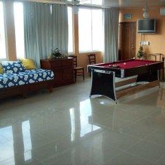 Отель Gorgeous Three Level Penthouse интерьер отеля