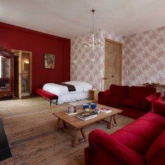Отель La Maison Zenasni Брюгге комната для гостей