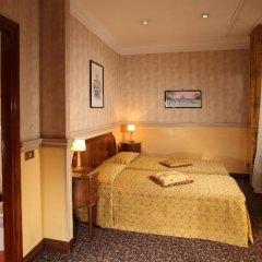 Hotel Condotti 3* Стандартный номер с двуспальной кроватью фото 17