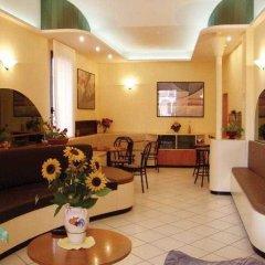 Отель Due Torri интерьер отеля фото 3