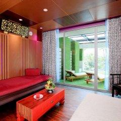 Patong Beach Hotel спа фото 2