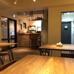 Отель Inno Family Managed Hostel Roppongi Япония, Токио - отзывы, цены и фото номеров - забронировать отель Inno Family Managed Hostel Roppongi онлайн питание фото 3