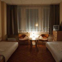 Отель Gdanski Dom Turystyczny Hostel Польша, Гданьск - отзывы, цены и фото номеров - забронировать отель Gdanski Dom Turystyczny Hostel онлайн комната для гостей фото 4