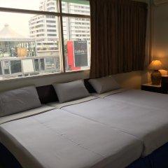Отель Ruamchitt Travelodge Бангкок комната для гостей