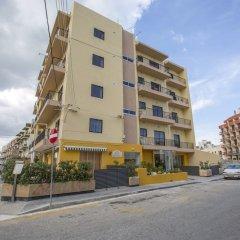Отель Huli Hotel and Apartments Мальта, Каура - 2 отзыва об отеле, цены и фото номеров - забронировать отель Huli Hotel and Apartments онлайн парковка