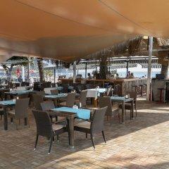 Azak Beach Hotel гостиничный бар