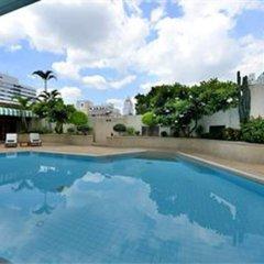 Evergreen Laurel Hotel Bangkok бассейн