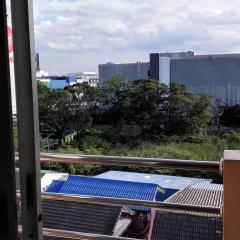 Oyo 129 Gems Park Hotel Бангкок балкон