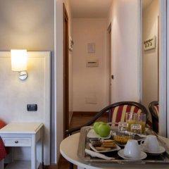 Отель Inn Rome Rooms & Suites в номере