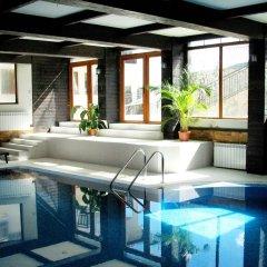 Отель All Seasons Club бассейн