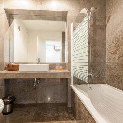 Апартаменты Chiado Modern Three-Bedroom Apartment - by LU Holidays ванная
