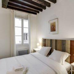 Отель Louvre - Saint Honore Area Apartment Франция, Париж - отзывы, цены и фото номеров - забронировать отель Louvre - Saint Honore Area Apartment онлайн комната для гостей фото 2