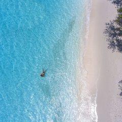 Отель Emerald Maldives Resort & Spa - Platinum All Inclusive Мальдивы, Медупару - отзывы, цены и фото номеров - забронировать отель Emerald Maldives Resort & Spa - Platinum All Inclusive онлайн бассейн фото 3