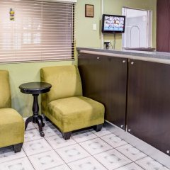 Отель Rodeway Inn Los Angeles США, Лос-Анджелес - 8 отзывов об отеле, цены и фото номеров - забронировать отель Rodeway Inn Los Angeles онлайн интерьер отеля фото 2