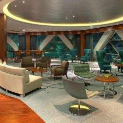 Отель Andaz Capital Gate Abu Dhabi - A Concept By Hyatt Абу-Даби гостиничный бар