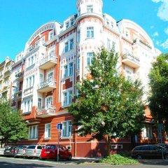 Отель Lermontov Apartments Чехия, Карловы Вары - отзывы, цены и фото номеров - забронировать отель Lermontov Apartments онлайн парковка