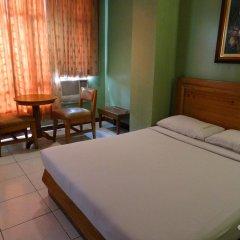 Отель Rosas Garden Hotel Филиппины, Манила - отзывы, цены и фото номеров - забронировать отель Rosas Garden Hotel онлайн комната для гостей