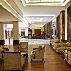 Отель Le Méridien Jaipur Resort & Spa интерьер отеля фото 2