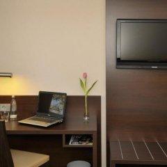 Отель Stern Hotel Soller Германия, Исманинг - отзывы, цены и фото номеров - забронировать отель Stern Hotel Soller онлайн удобства в номере фото 2