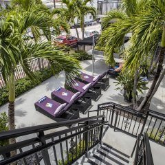 Beachside Apartment Hotel балкон