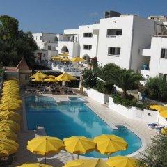 Отель Club Salina Warhf бассейн