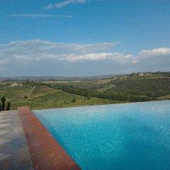 Отель Poderi Arcangelo Италия, Сан-Джиминьяно - 1 отзыв об отеле, цены и фото номеров - забронировать отель Poderi Arcangelo онлайн бассейн