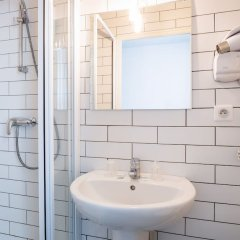 Inter-Hotel Au Patio Morand ванная