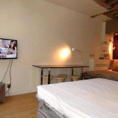 Апартаменты Saint Denis Apartment Париж комната для гостей фото 3
