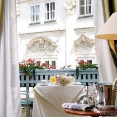 Отель Art Nouveau Palace Прага в номере