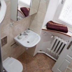 Отель Hostel Świdnicka 24 Польша, Вроцлав - отзывы, цены и фото номеров - забронировать отель Hostel Świdnicka 24 онлайн ванная фото 2