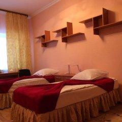 Гостиница Радуга в Нягани отзывы, цены и фото номеров - забронировать гостиницу Радуга онлайн Нягань комната для гостей фото 2