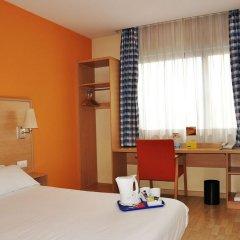 Отель Travelodge Madrid Torrelaguna удобства в номере фото 2