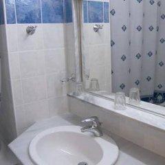 Отель Alexandros Hotel - All Inclusive Греция, Корфу - отзывы, цены и фото номеров - забронировать отель Alexandros Hotel - All Inclusive онлайн ванная фото 2