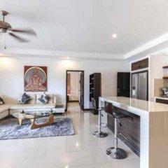 Отель Nok Sawan Villa by Jetta комната для гостей