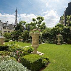 Shangri-La Hotel Paris фото 6