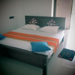 Отель Blue Water Lily сейф в номере