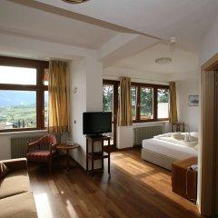 Hotel Lambrechtshof Аппиано-сулла-Страда-дель-Вино комната для гостей