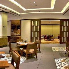 Отель Hilton Colombo Residence Шри-Ланка, Коломбо - отзывы, цены и фото номеров - забронировать отель Hilton Colombo Residence онлайн питание фото 2