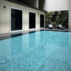 Отель V Bencoolen Сингапур бассейн